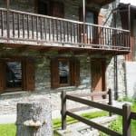 casegranparadiso-appartamento-2t-porta-facciata