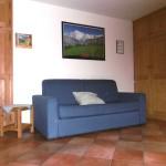 casegranparadiso-appartamento-103m-divano-armadio