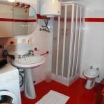 casegranparadiso-appartamento-6b-bagno-doccia